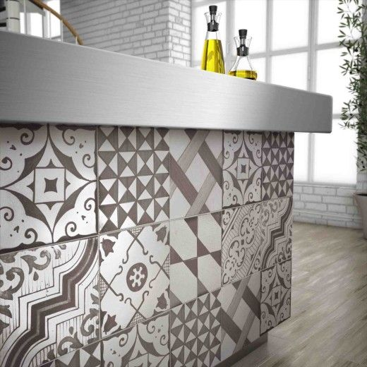 Tile The External Face Of Breakfast Bar/island Bench To
