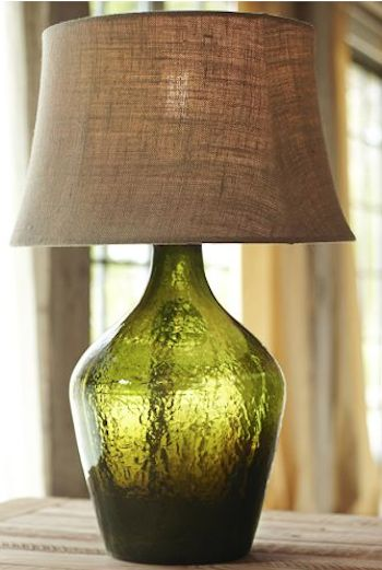 #green glass table lamp http://rstyle.me/n/jy5vhr9te