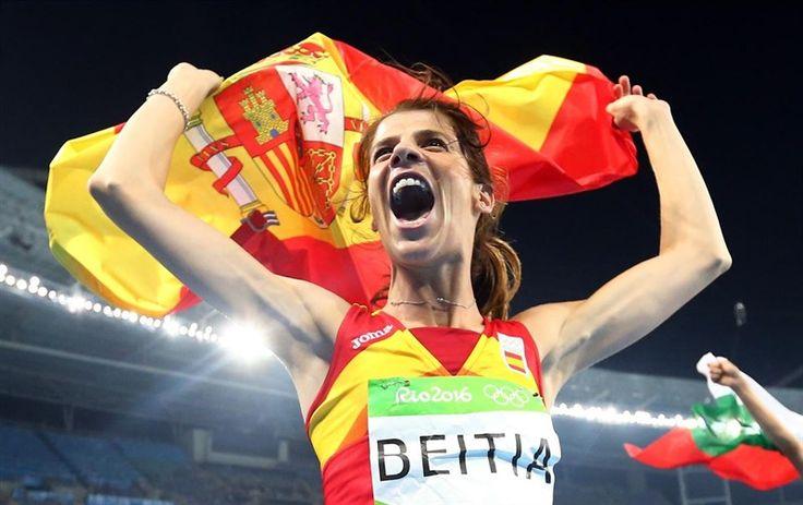 Más de 12.000 firmas piden el Princesa de Asturias del Deporte 2017 para la atleta Ruth Beitia - http://www.vistoenlosperiodicos.com/mas-de-12-000-firmas-piden-el-princesa-de-asturias-del-deporte-2017-para-la-atleta-ruth-beitia/