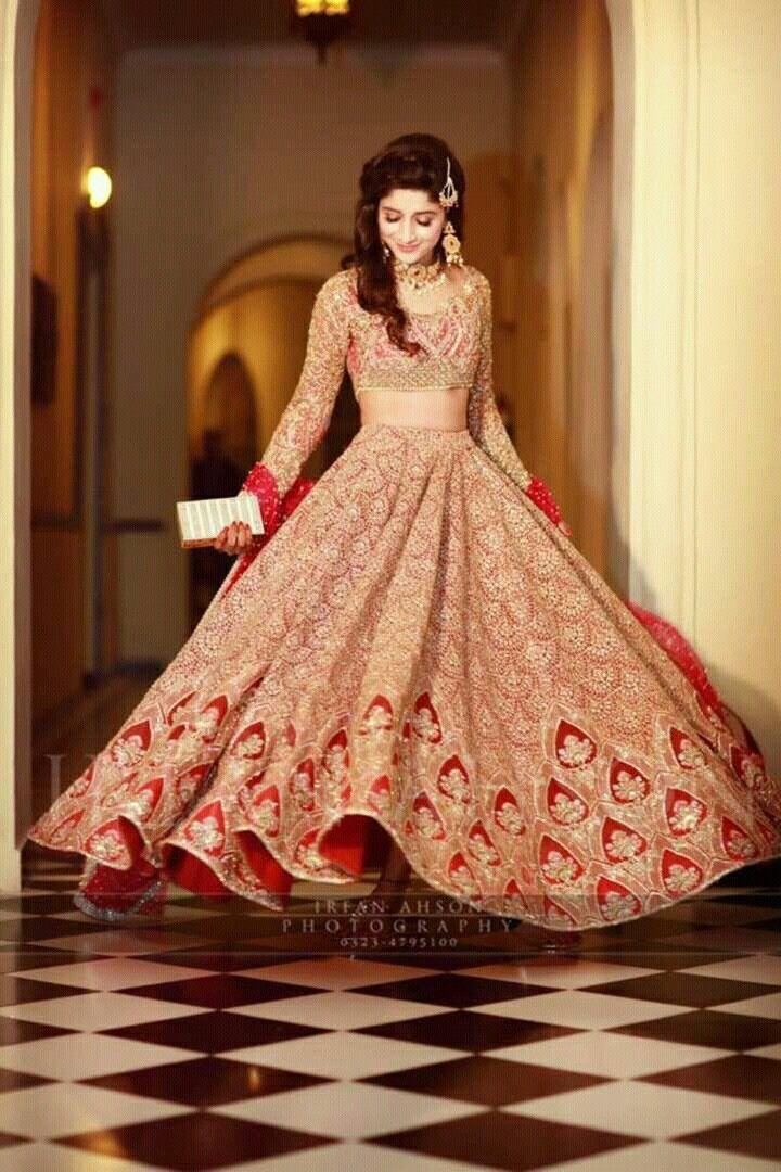 Lehenga  ASTHA NARANG #happyshopping #shopnow #ppus Collection; blends of elegance, tradition & performance. http://goo.gl/fCKqJr