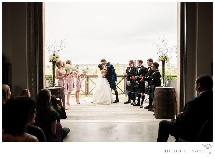 Wedding at Sea Cider Farmhouse by Nichole Taylor Photography