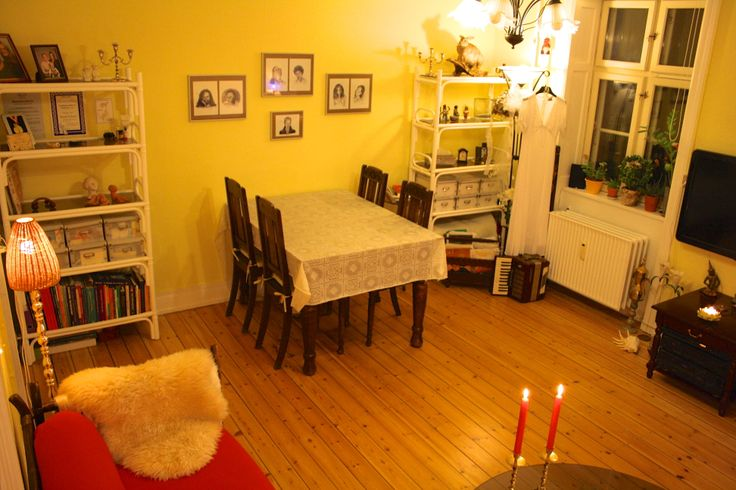 Small apartment near Amager Strandpark  This furnished apartment is cosy and near the Metro on Amager. Just 10 minutes walk to the beach. Internet and full TV package included.
