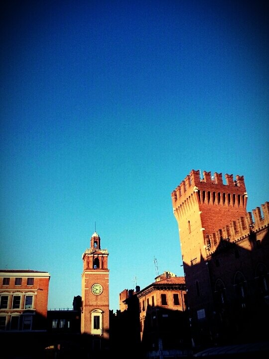 Very very hot today in Ferrara! We need a lot of rain! P.s. Follow my blog Www.fedetails.net!!