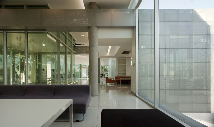 Gallery - Bangkok University Admission and Information Center / OFFICE AT Co. - 22
