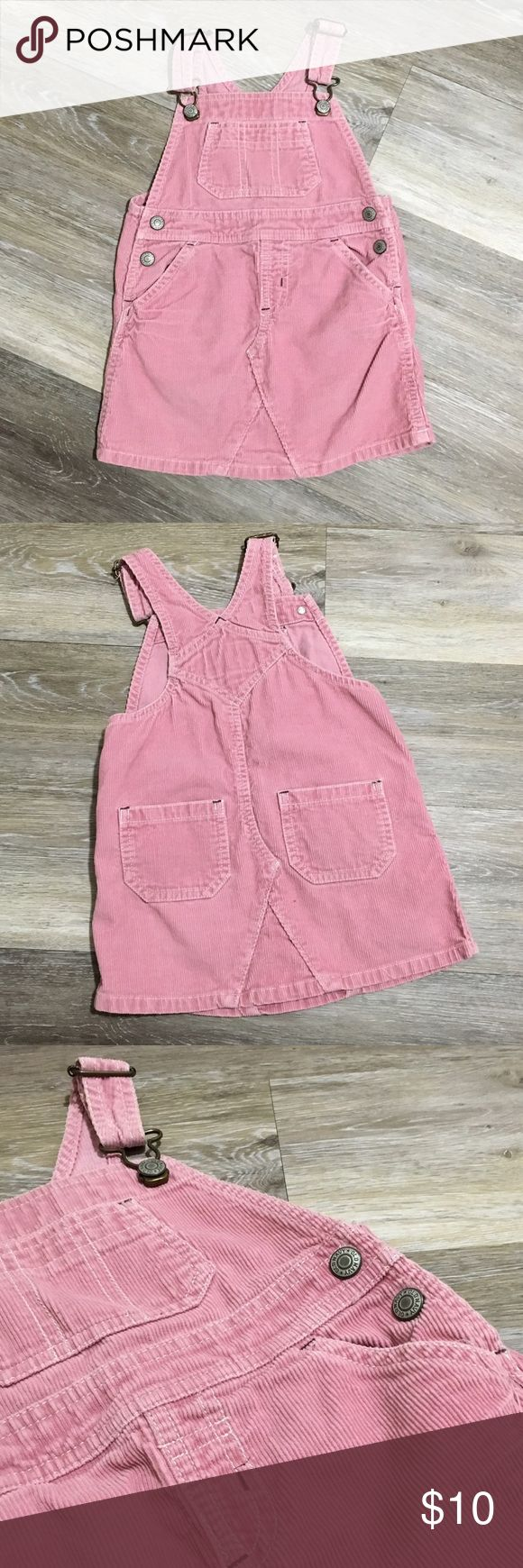 Old Navy Corduroy Overalls Skirt Blush pink with 3 front pockets for your 2t to store her treasures. Adjustable straps and 2 back pockets. No imperfections. Old Navy Bottoms Jumpsuits & Rompers