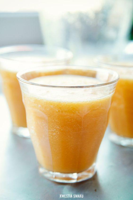 Smoothie z mango http://www.kwestiasmaku.com/zielony_srodek/mango/zolte_smoothie_mango/przepis.html