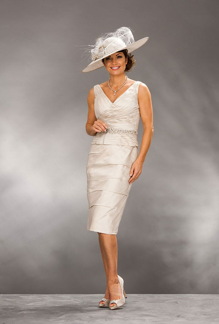 Ian Stuart knee length dress and matching bolero. Product code – 419 Colour – Platinum