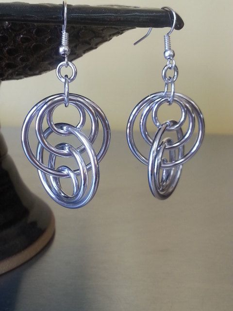 Interlocking Ring Chainmaille Earrings in Aluminum by Gen3studioS, $8.00