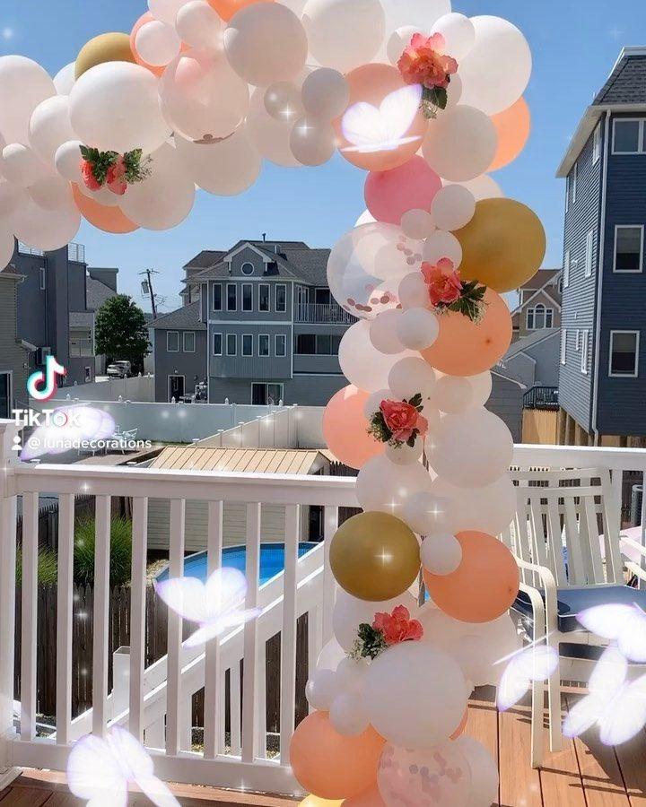 "Luna Decorations's Instagram profile post: ""#baloons🎈 #balloonsdecoration #balloons_worldwide #balloongarland #balloonsdecor #balloonsparty #decoracaobaloes…"""