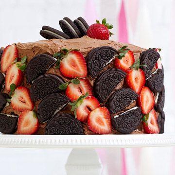 different ways to top cakes, rocky road, banana split etc...