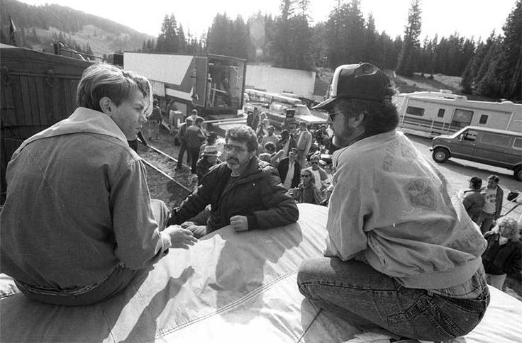 River Phoenix, George Lucas and Steven Spielberg | Rare celebrity photos