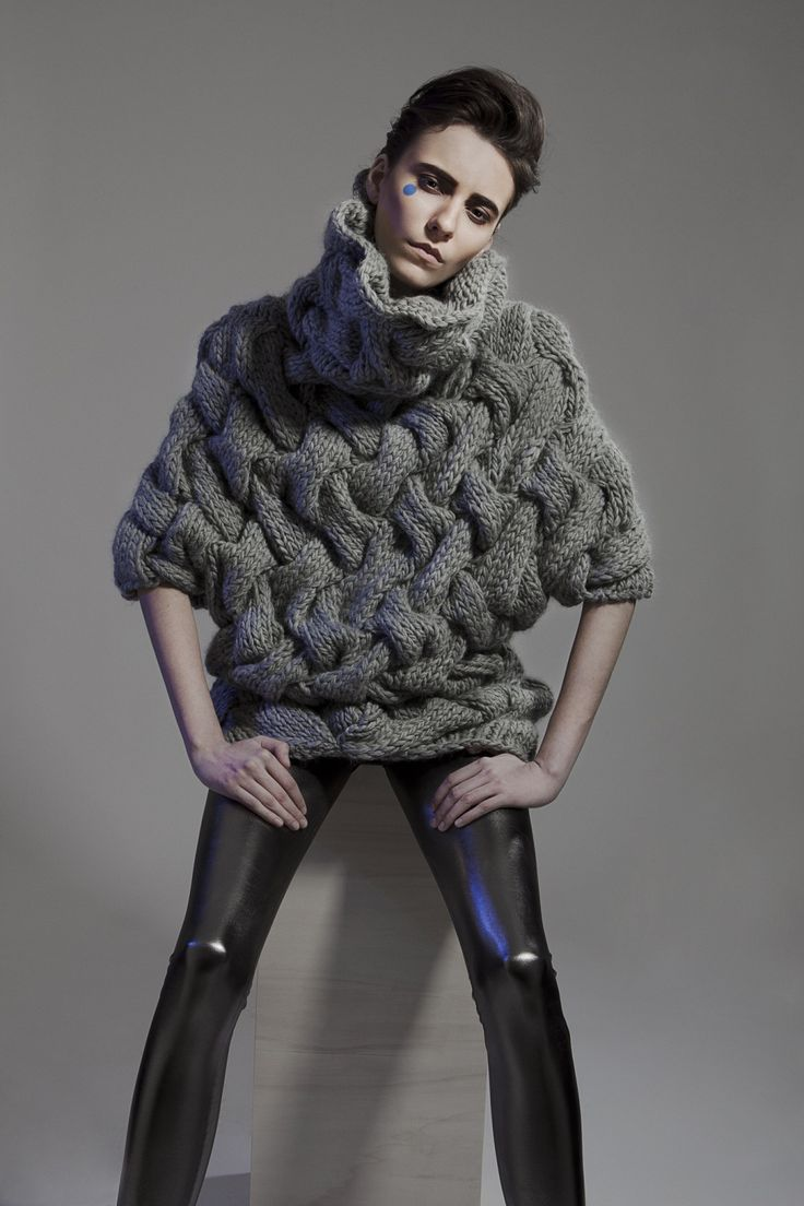Grey chunky weave textured sweater; contemporary knitwear design // Minty A/W 2014