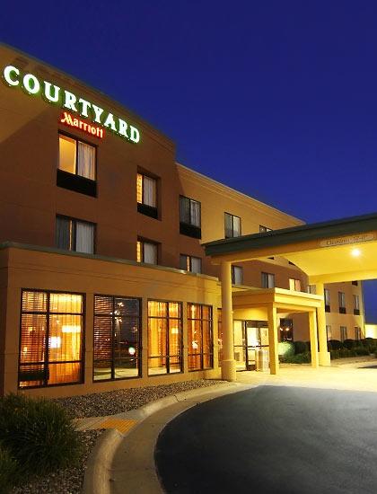 Hotel Rooms Moorhead Mn