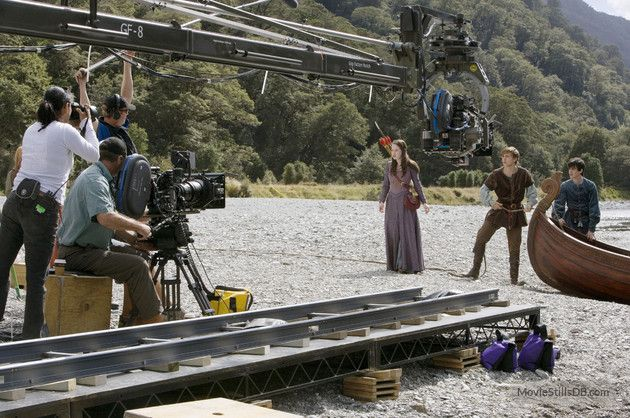 The Chronicles of Narnia: Prince Caspian - Behind the scenes photo of William Moseley, Skandar Keynes & Anna Popplewell