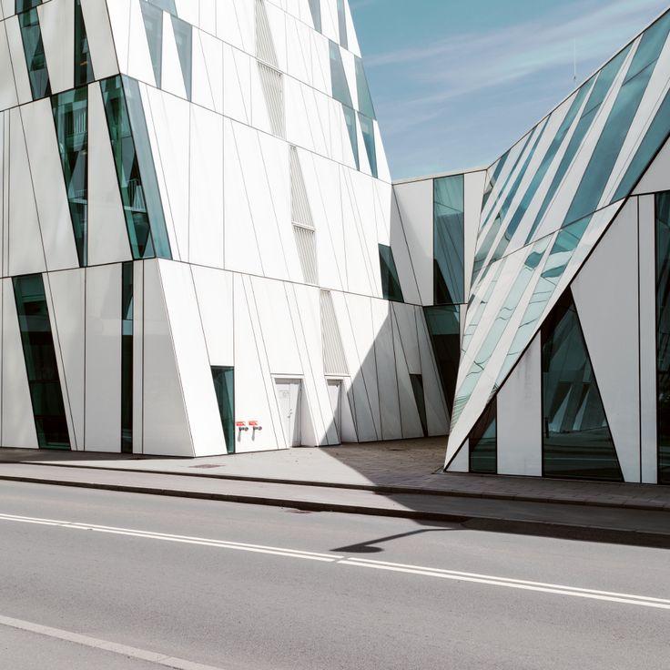 24 Minimal Architecture Photos By Matthias Heiderich