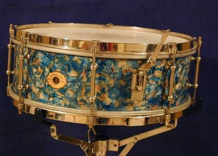 Slingerland snare drum in Opal Pearl