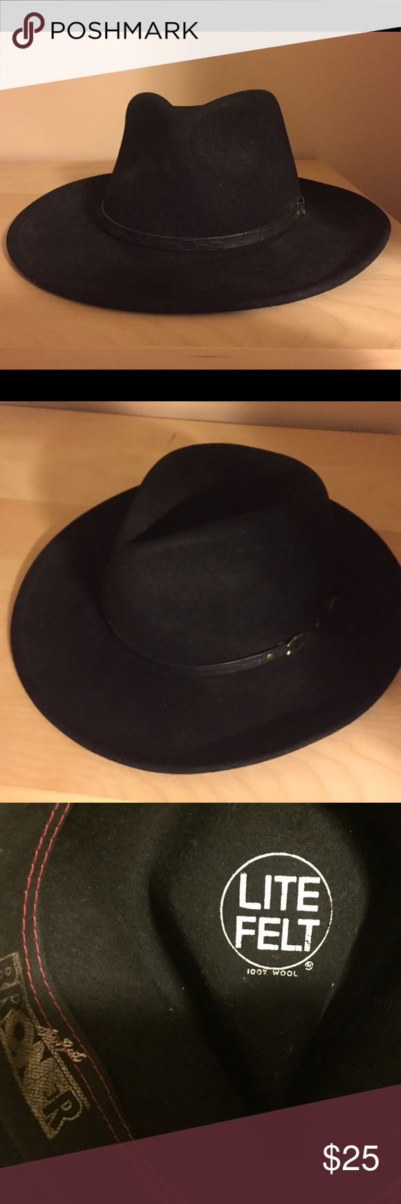 Happy Fathers Day! Black Fedora Hat 🎩 Black Fedora Hat. Great condition, classic. 100% wool. Accessories Hats