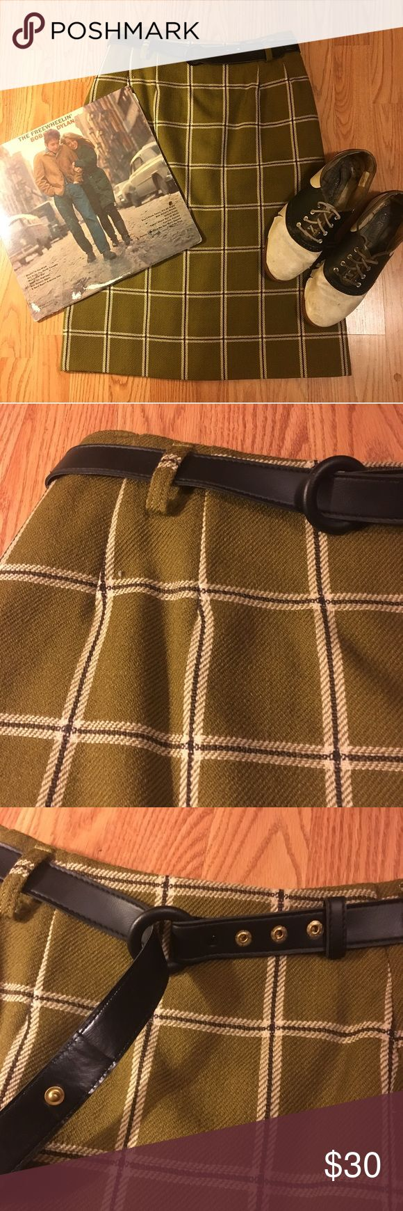 🌲60s Wool Skirt🌲 Darling avocado green wool skirt. Zips up back. Belt included. Waist measures 13.5 in lying flat. Fits a size 4/6 best. Excellent vintage condition, very lightly worn! ((TAGS: vintage, retro, mod, pinup, 50s, 60s, 70s, bohemian, Beat Generation, Greenwich Village, Twin Peaks, Audrey Horne, rockabilly, Hell Bunny, Sourpuss, Voodoo Vixen, Bettie Page, Modcloth, American Apparel, Urban Outfitters)) Vintage Skirts Midi