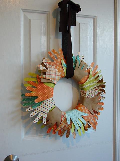 Thanksgiving wreath for the classroom door adorable