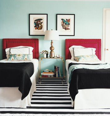 Turquoise walls. Black & white striped rug. #shared #bedroom: Guestroom, Idea, Guest Bedroom, Colors, Twin Beds, Bedrooms, Guest Rooms