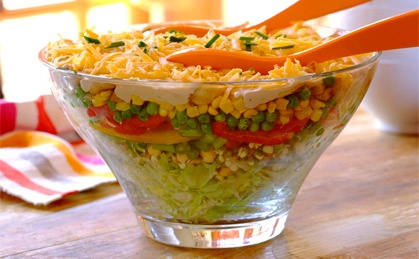 Layered Summer Salad with peas, cheese and corn!