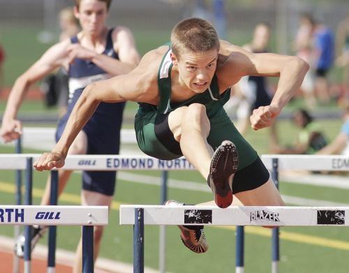 La Ley Sports - Gunnar Nixon - Santa Fe High School - Track and Field
