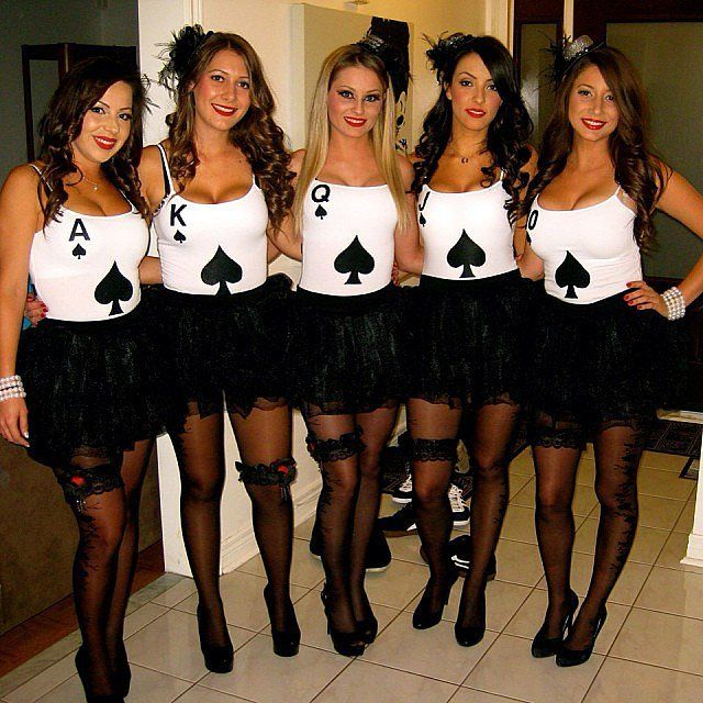 60 creative girlfriend group costumes - Halloween Costume Idea Women