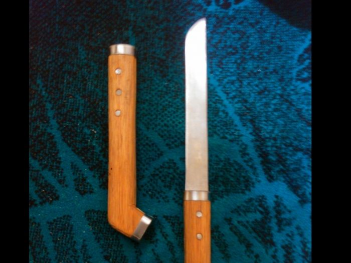 Hola tanringueros, soy nuevo aquí. Les traigo un pequeño aporte para aquellos que son amantes de los cuchillos y navajas,. Una pequeña colección de plantillas para fabricar cuchillos, algunos muy sencillos y otros más. Elaborados. La manera de...