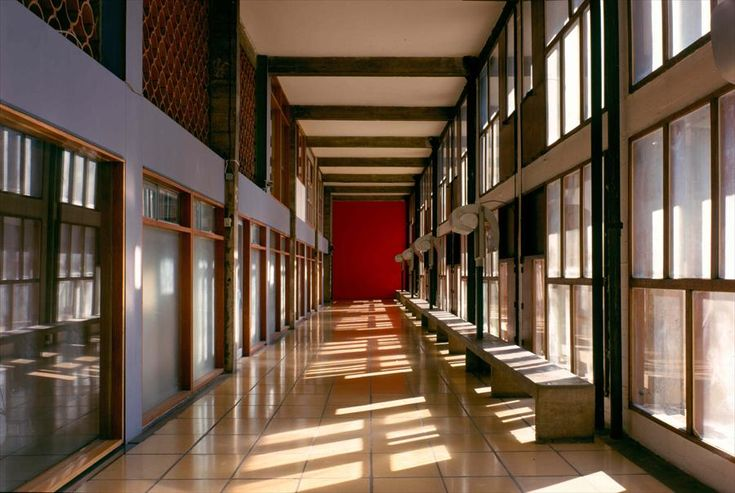 Unité d'habitation de Marseille. Pasillo interior. Le Corbusier vía Fondation Le Corbusier