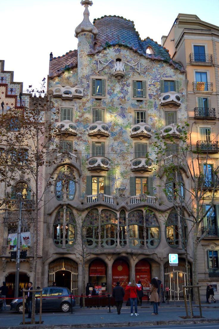Casa Batllo - Antonio Gaudi 1902-07