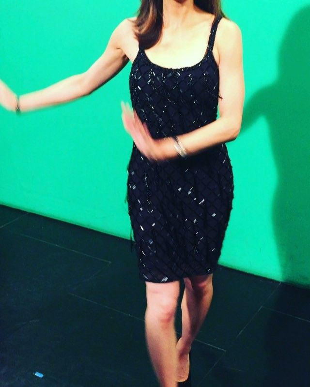This KTLA Weather Reporter's Dress Causes Viewers To Lose It, Forcing Her To Cover Up On Air