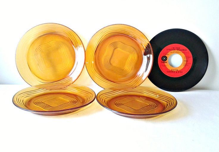 Duralex VINTAGE set 4 plates glass amber orange dinnerware vintage france vintage home decor glassware dishes service meal retro design by IvoirePorcelaine on Etsy https://www.etsy.com/listing/270379678/duralex-vintage-set-4-plates-glass-amber