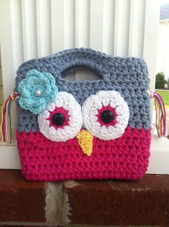 Little Girl Crochet Purse Leah should make this for me :)