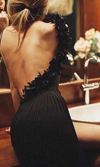 Such a beautiful backless dress