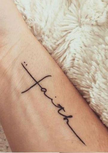 Lettering. Tatuajes de frases o palabras con un tipo de letra acorde al mensaje.