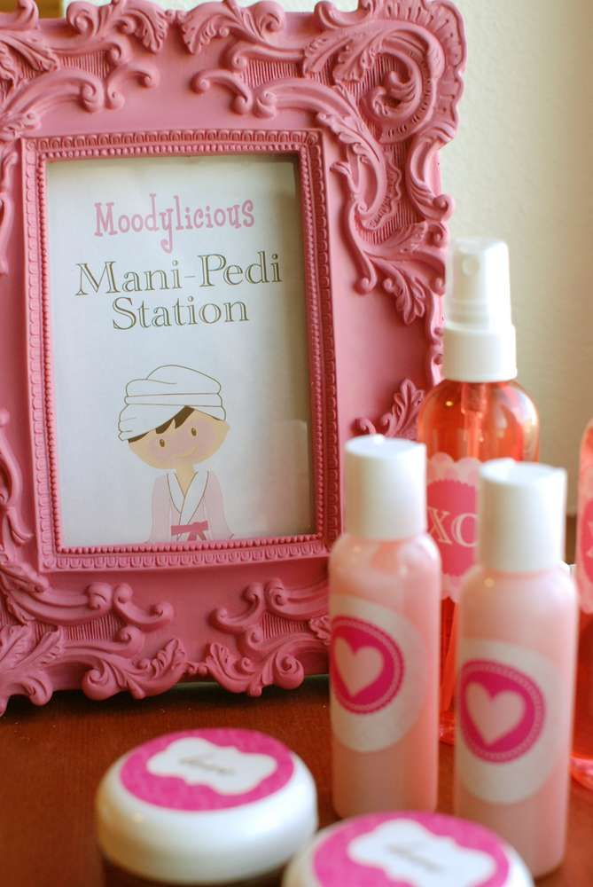 Valentine's Day Spa Valentine's Day Party Ideas | Photo 6 of 20 | Catch My Party