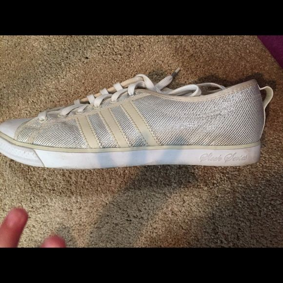Adidas Sleek Series Sz 6 Little dusty but only wore once. Have a silver look. They just need washed. Just cleaning out the closet. Make an offer Adidas Shoes Sneakers