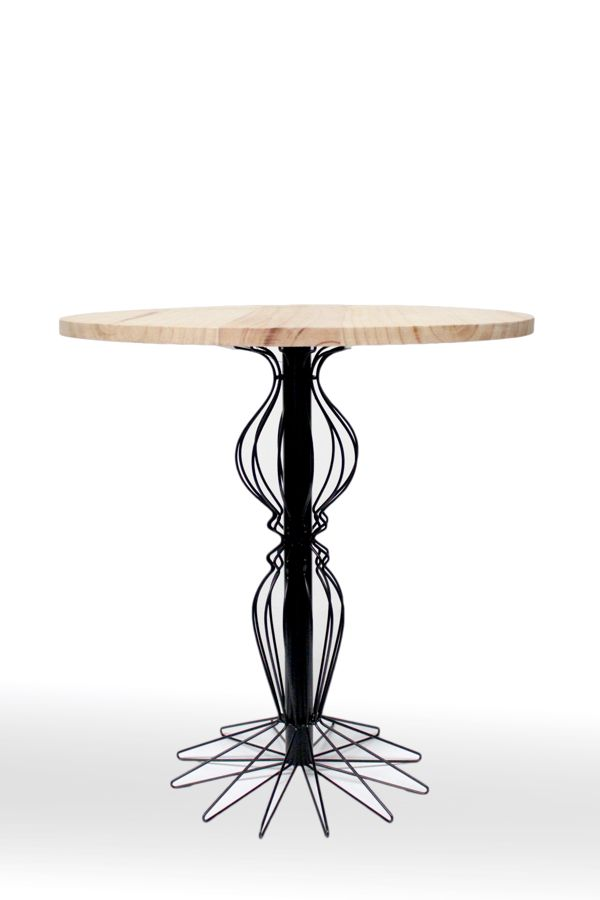 Mesa auxiliar ROCOCO / ROCOCO Side table 2013 by 5 am , via Behance