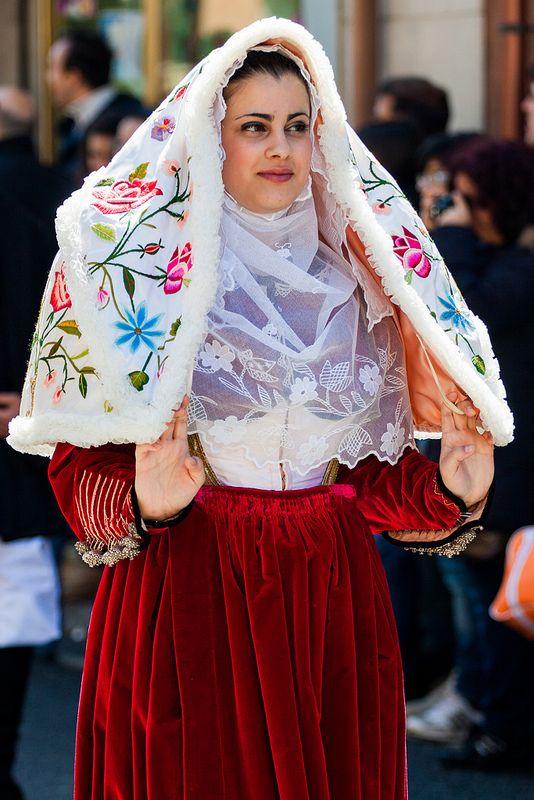 Sardegna Sagra degli agrumi Muravera Costume Osilo #TuscanyAgriturismoGiratola