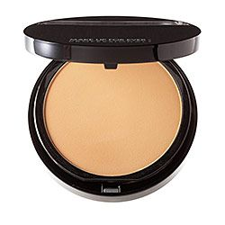 <3 can't live without...besides my boyfriend!! MAKE UP FOR EVER - Duo Mat Powder Foundation  #sephora