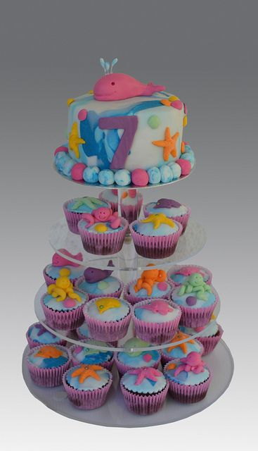 Whale Cake and Cupcakes by Gellyscakes, via Flickr