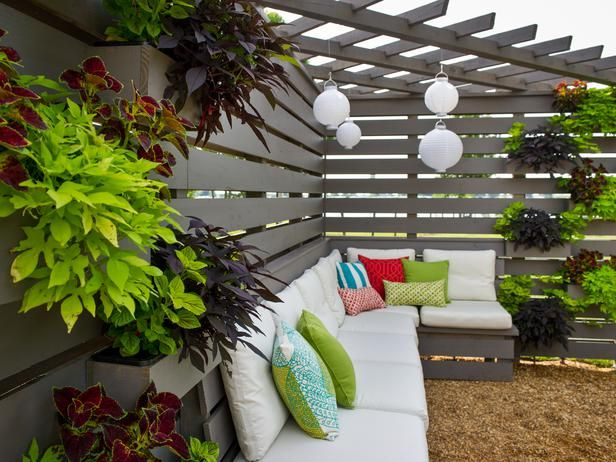 Pergola Pictures From Blog Cabin 2014 : Blog Cabin : DIY Network