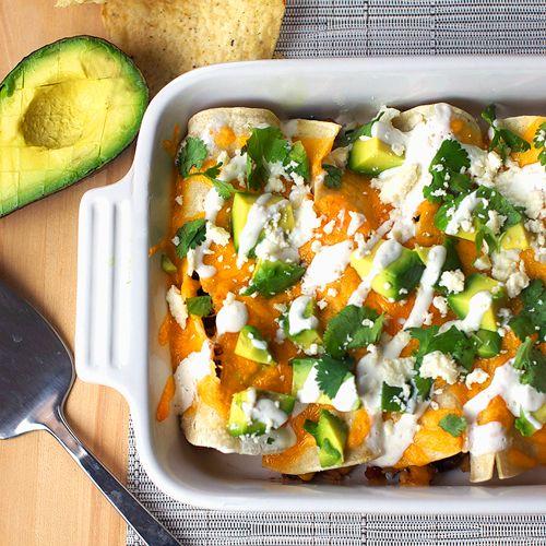 Skinny chicken enchiladasBlack Beans, Food, Healthy Cinco, May 5, Skinny Chicken Enchiladas, 10 Healthy, Slow Cooker, Healthy Recipe, Greatist Tables