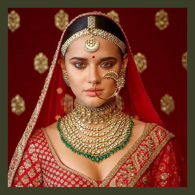 Heritage Wedding Jewelry In Uncut Diamonds Amp Emeralds