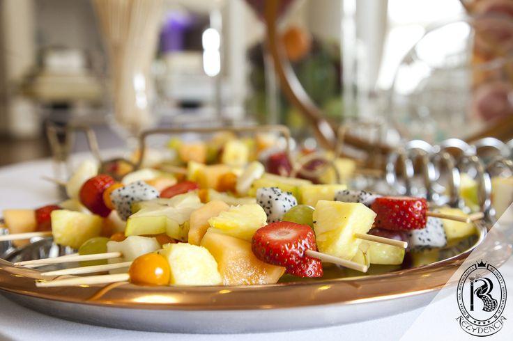 #Owoce do #fontannaczekoladowa. #RezydencjaHotel  #wesele #wedding #bufet #bufetweselny #culinary #food #restaurant #restauracja #luxury #besthotel #hotel #Poland #luxurious #luxurylife