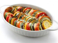 courgette, poivron, aubergine, pomme de terre, oignon jaune, beurre doux, ail, herbes de Provence, Huile d'olive, Sel, Poivre