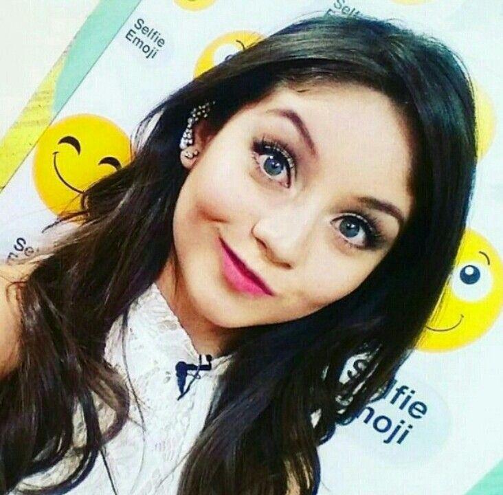 a garota mais bonita o mundo :)