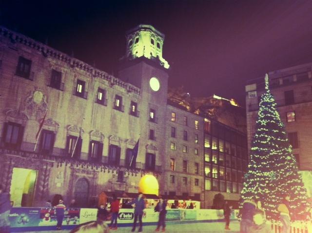 Plaza Ayuntamiento Alicante en Navidad