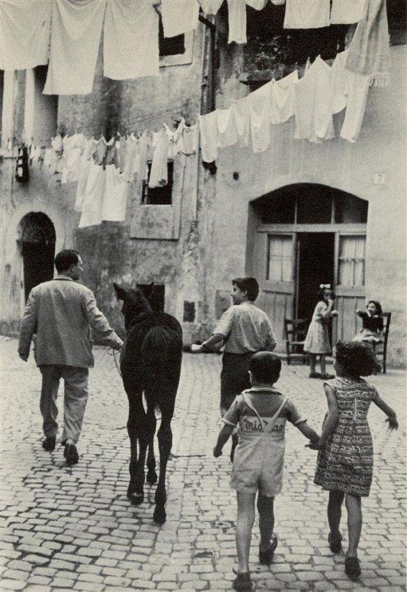 Henri C-Bresson. 1953.