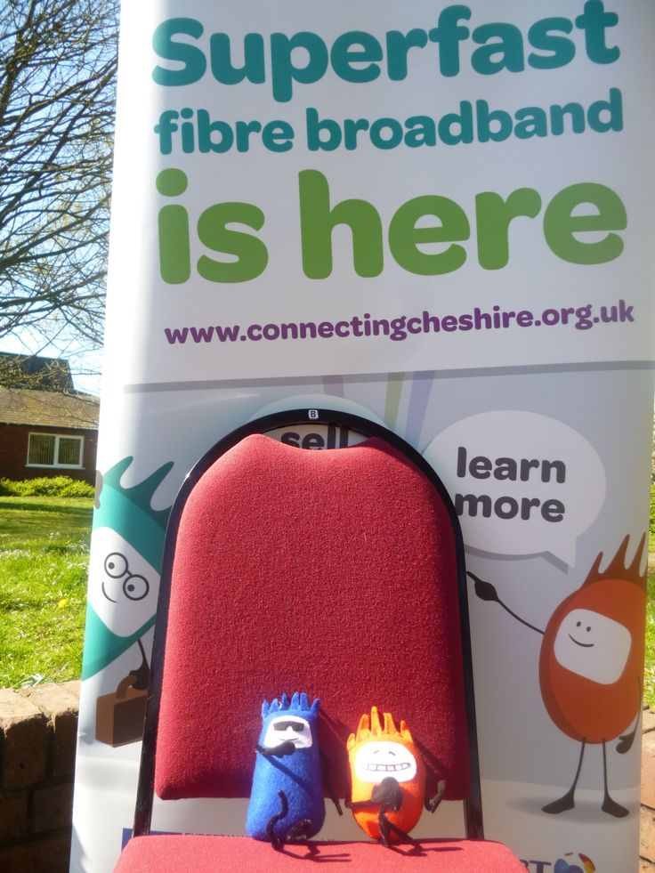 Connecting Cheshire's Fibre Guys get some sun as they visit Cheshire